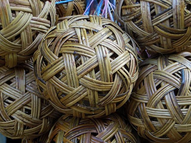 pletená koule